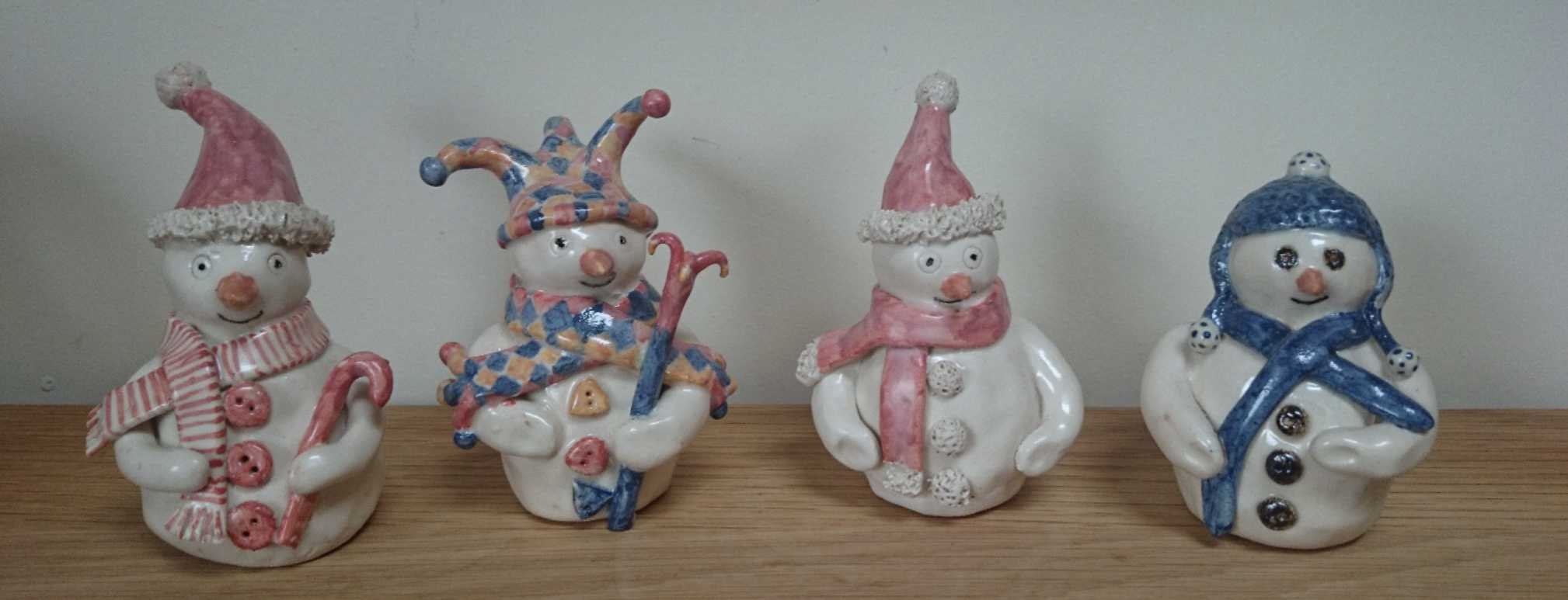 Pottery snowpeople